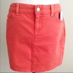 New nwt Tommy Hilfiger small size 2 skirt mini